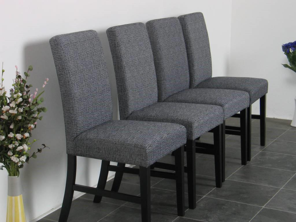 Meubelstoffeerderij meubelstoffeerderij pleijhuis oldenzaal for Eettafel en stoelen